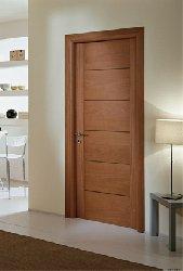 Foto porta in legno tanganica linea Linda